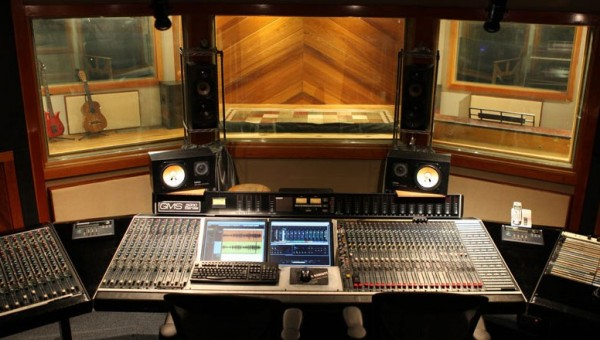 Things To Pay Attention To When Choosing A Recording Studio